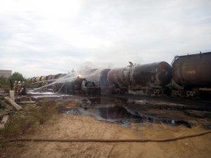 Пожар в Восточной промзоне. Топливозаправщик и ж/д цистерны могли взлететь на воздух.